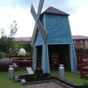 golfwindmill01