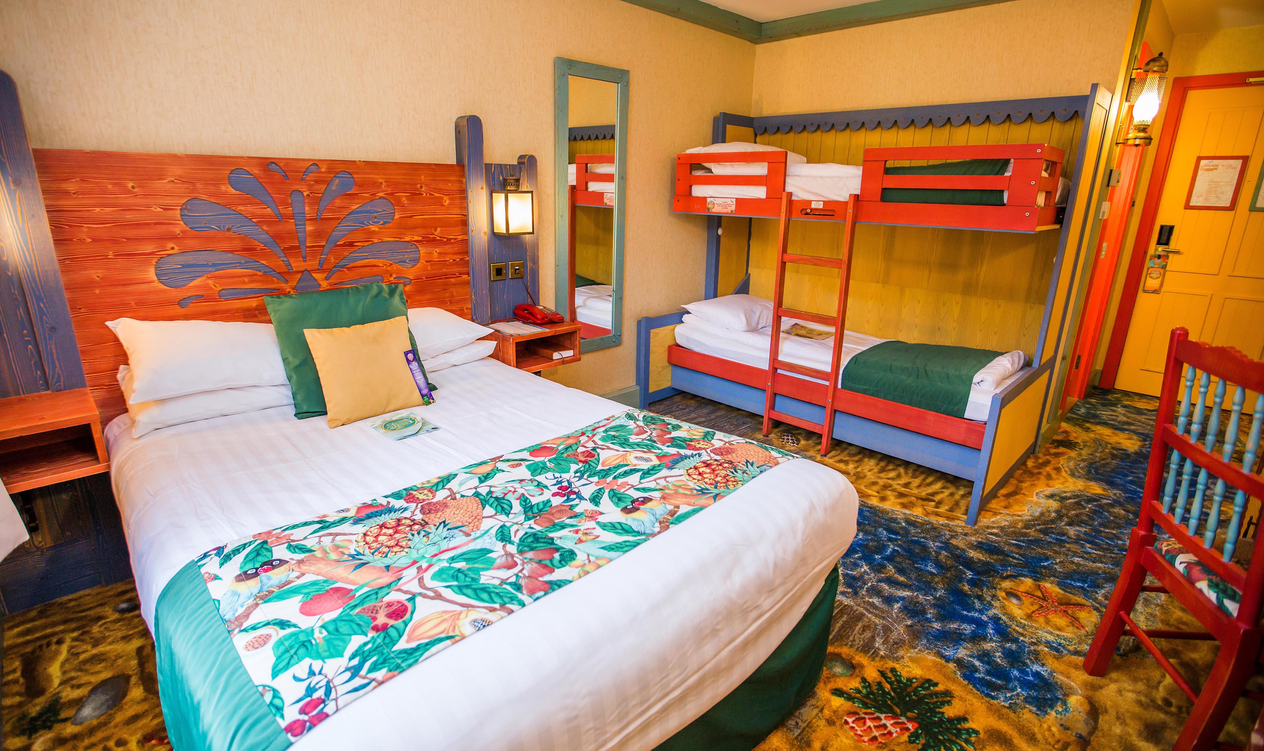 Splash Landings Hotel Rooms