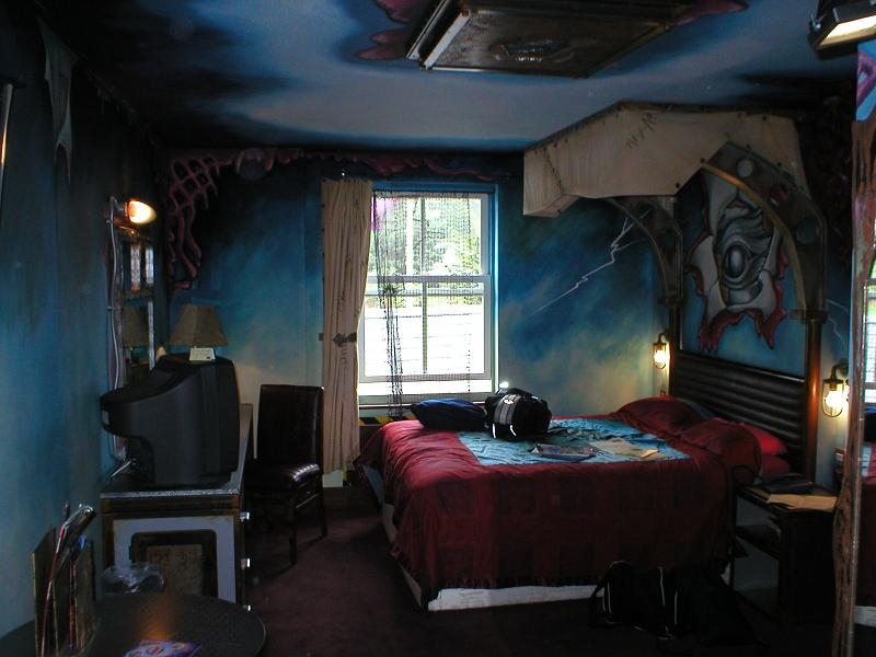 Alton Towers Hotel Nemesis Room